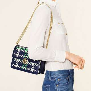 美國專櫃 Tory Burch Women's Red/Blue Duet Chain Woven Convertible Shoulder Bag 5