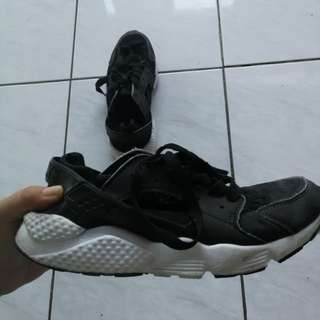 Nike Air Rubber Shoes