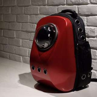 """Vampire Red"" Upsize Cat Bubble Backpack Carrier"