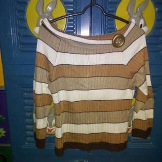 Sweater coklat bergaris