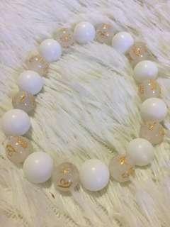 White onyx and white jade bracelet