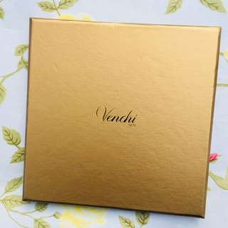 Venchi Chocolate Blends Gift Box 16 Pcs