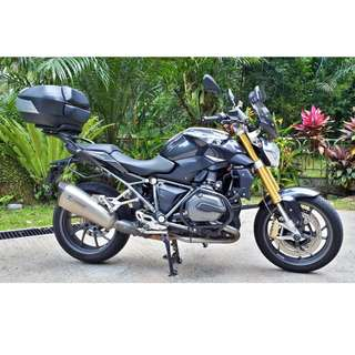 BMW R1200R Thunder Grey Metallic Color 2015