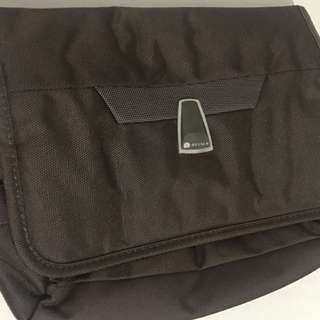 Delsey toiletry bag