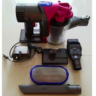 Dyson DC34 Handheld Vacuum (spare batt, new toolkit)