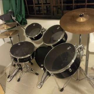 Pearl Traveller 5-piece Drum Set (80% new)