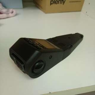 隱藏式行車紀錄器