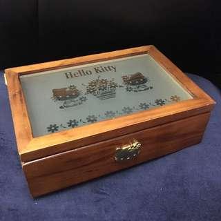 割價!hello kitty木製首飾箱