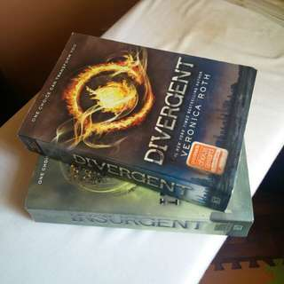 [SF INCLUDED!] DIVERGENT & INSURGENT by Veronica Roth