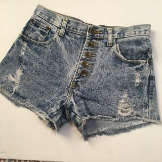 High waist denim shorts2