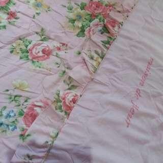 Bed cover maison de fleur