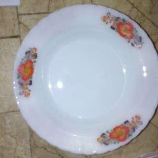 Piring makan bunga orange