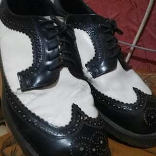 Docmart Brogues 3989 White Two Tone