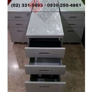 3-Drawer * movable filing cabinet ( office partition )