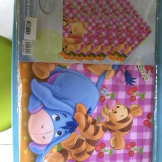Winnie the pooh table place mat