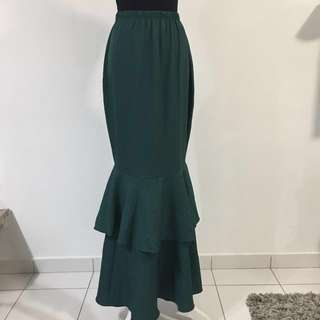 Layered long skirt