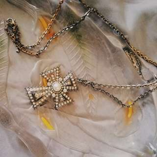 Forever21 Cross Studded necklace