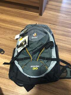Deuter Power 30 bagpack New with tags on