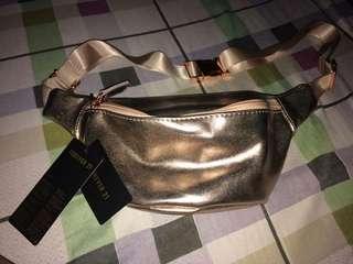 Forever 21 bag (fanny p rose gold)