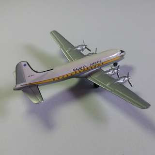 SIA 1/500 Herpa Classic Diecast Planes Set 2
