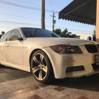 自售2006 BMW 330 售40萬 0977366449 line:a0977366449