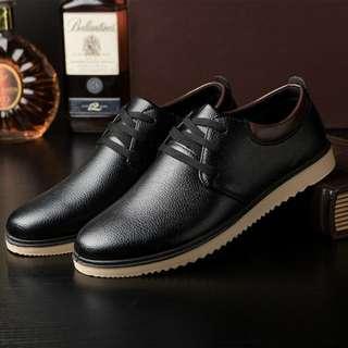 Hongkong fashion mens shoes PU leather materials
