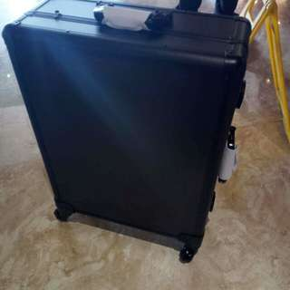 Professional Studio Makeup case with stand