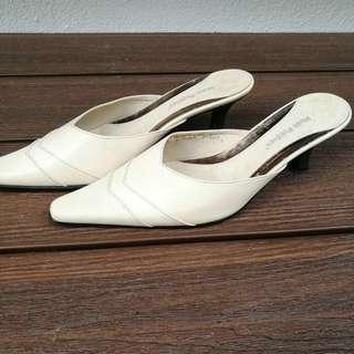 Hush puppies White / Cream Mid heels