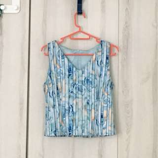 Spring time flower top