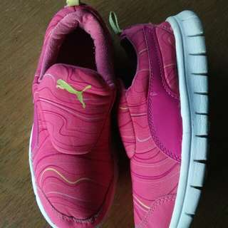 Puma shoes(children)
