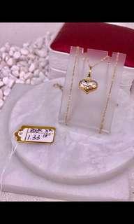 SAUDI GOLD CHAINS AND PENDANTS