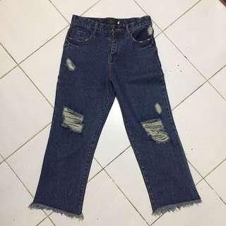 Highwaist Tattered Jeans / Boyfriend Jeans