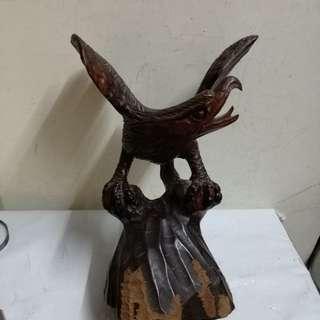 见图,人手實木雕,高28cm