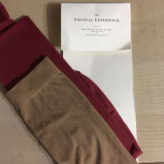Initial dual-coloured stocking 雙色絲襪