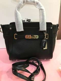 Coach Swagger 21 Original Coach Handbag