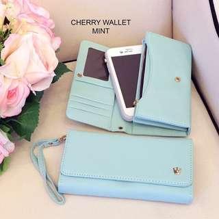 Cherry Wallet (mint)