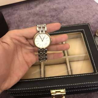 Christian Dior名錶拋售