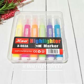 Assorted Color Highlighters