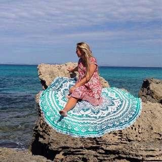 MANDALA BEACH ROUND TOWEL