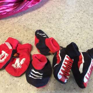 Man United Baby Mittens and Booties