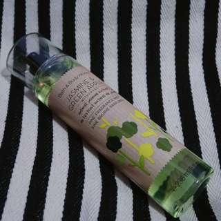 Bath & Body works body mist jasmine and green apple