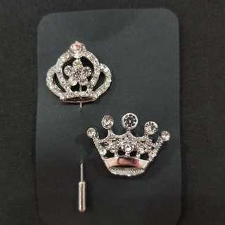 Crown Brooch set