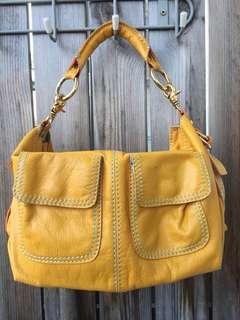 韓國-鮮黃色皮手袋(另配有肩帶)