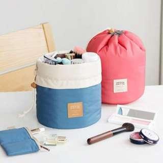 🚚 韓版優雅新品大容量抽帶化妝包 / 圓桶洗漱包 / 收納包
