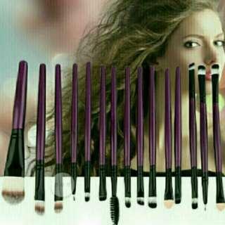 🌹Lovely Purple Makeup Brush