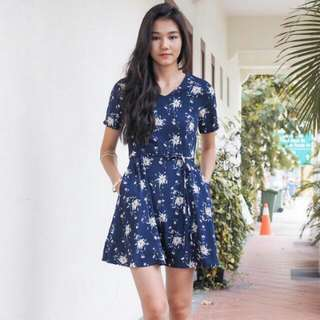 3inute Shantell Floral Flair Dress M
