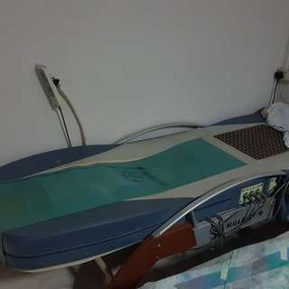 Nugabest massage bed.