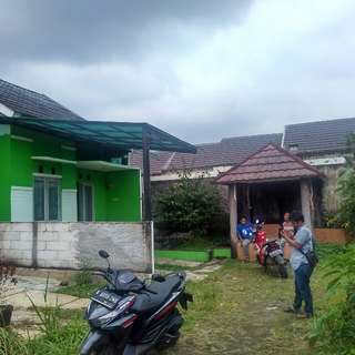 Di jual rumah di perumahan grs bedahan sawangan Depok