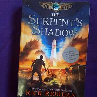 The Serpent's Shadow by the Rick Riordan (The Kane Chronicles #3)