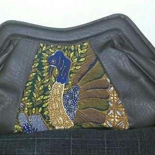Hand bag batik merak wanita